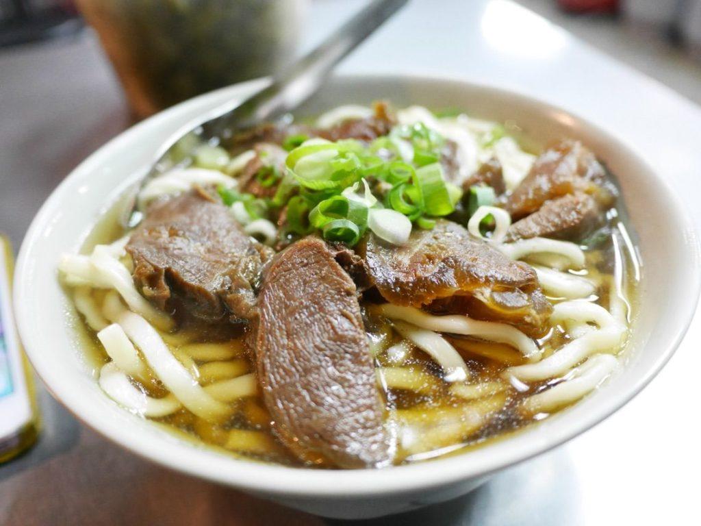 建宏の牛肉麺