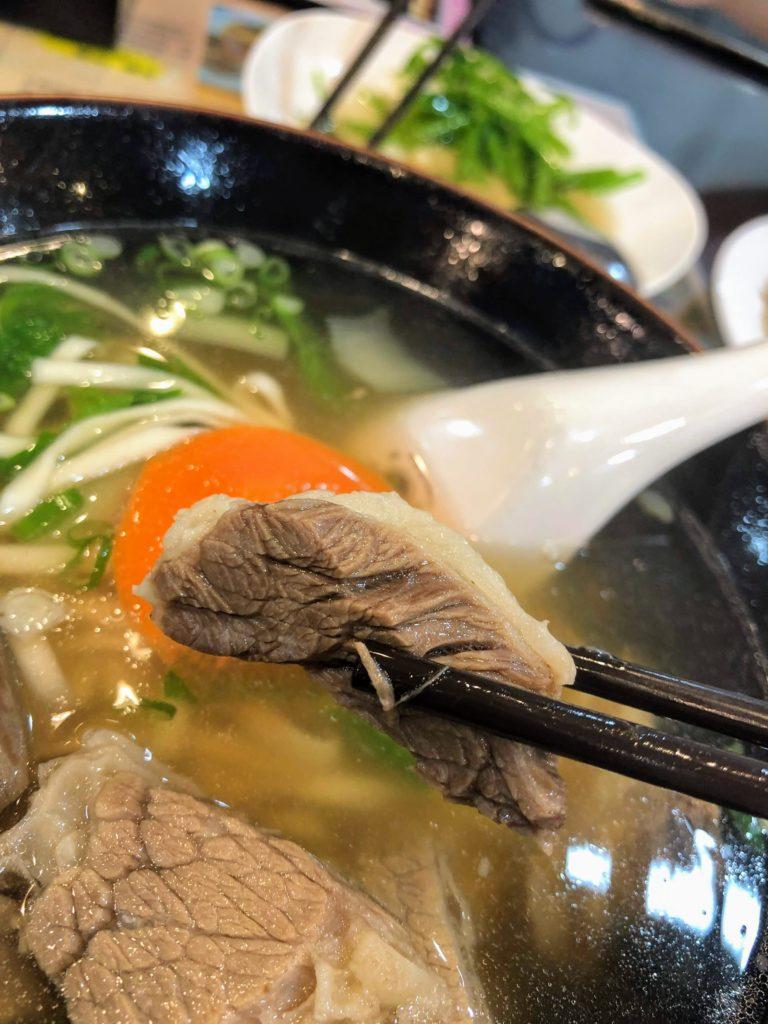 金春発の牛肉麺