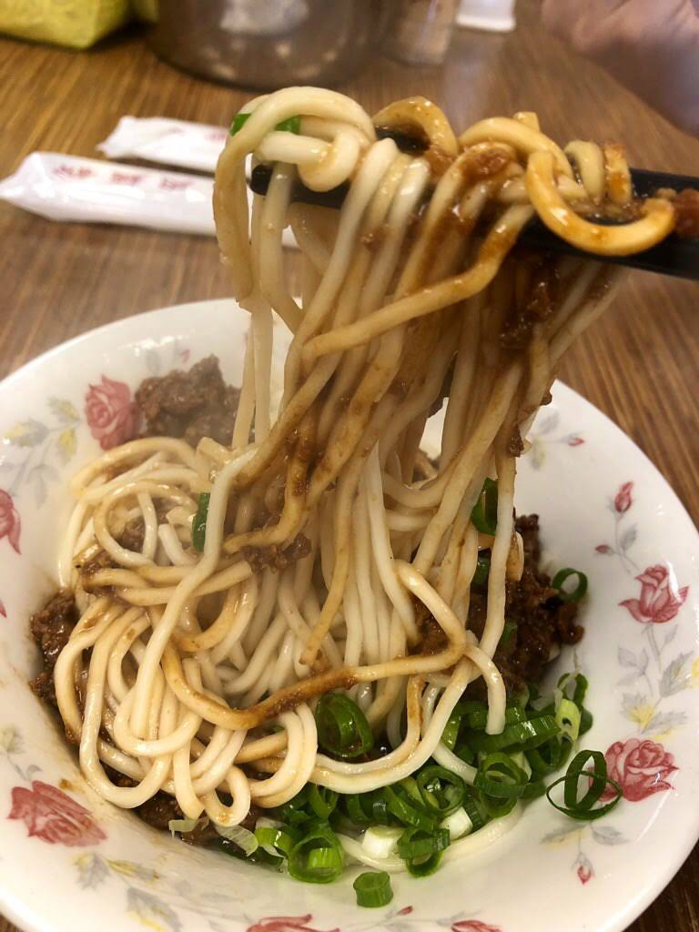 永康牛肉麺のジャージャー麺